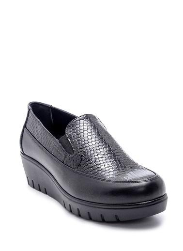 Derimod Kadın Ayakkabı (7211) Klasik Siyah